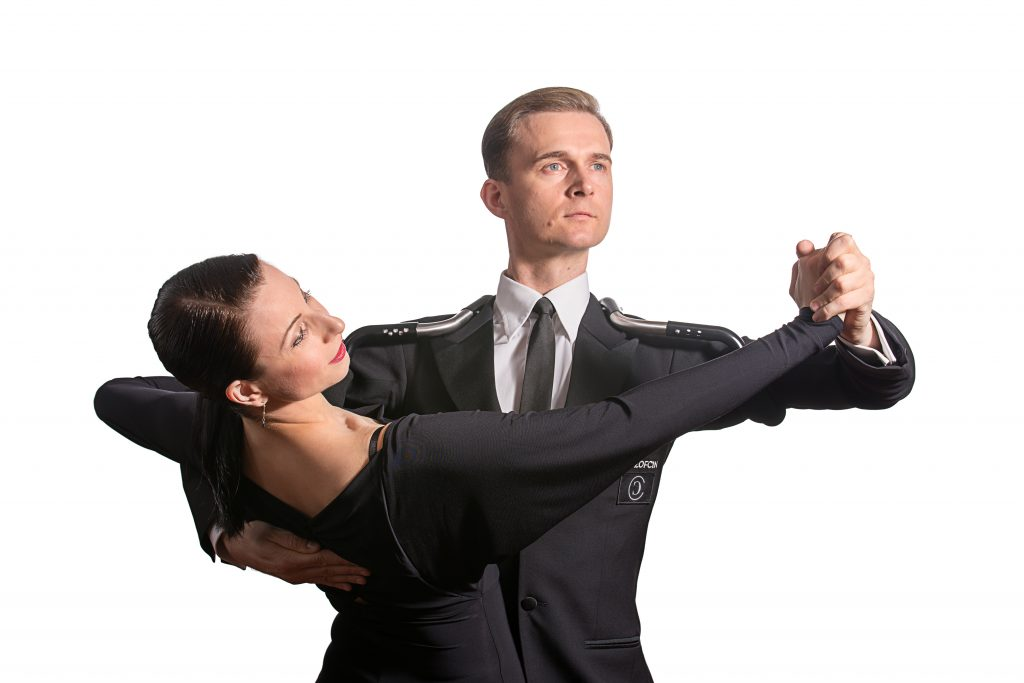 Domen & Natascha using the Second Generation TopLine Dance Frame